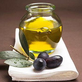 Оливковое масло для лица – чем полезно? Нерафинированное оливковое масло для лица от морщин
