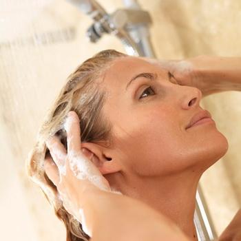 Зачем волосы промывать уксусом