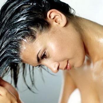 Рецепты с уксусом для ухода за волосами: ополаскивание и маски для волос с уксусом